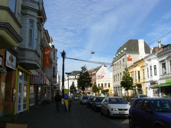 Ostertorsteinweg Stadteinwärts - Hauptstraße des Viertels; Lizensiert unter CC BY-NC-SA by Zauri
