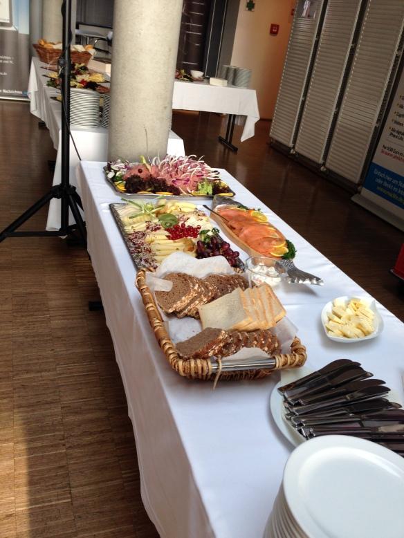 Frühstücksbuffet, Fr. 22.08.2014 - CC BY-SA 4.0 by pygospa